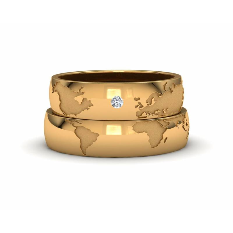 World Map Wedding Bands 18k yellow gold 5mm with a diamond accent