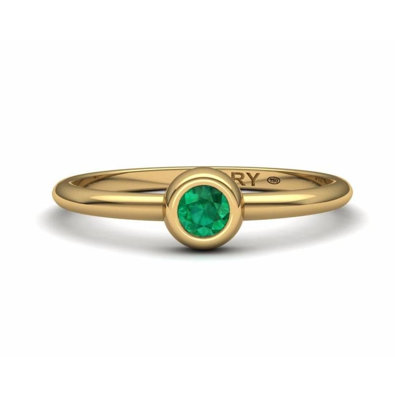 Anillo Compromiso con Esmeralda y oro