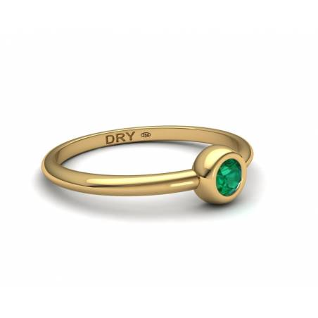 Stackable emerald yellow gold ring