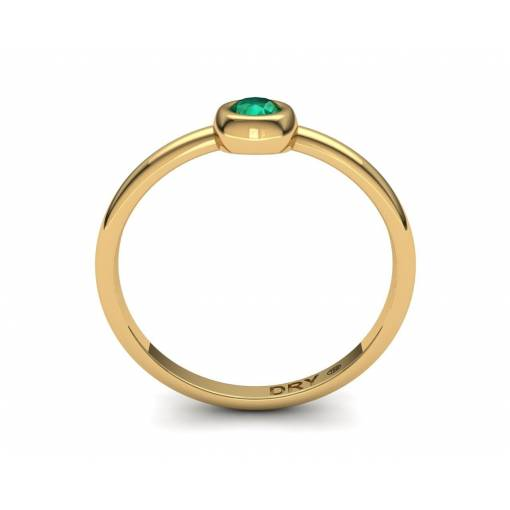 Delicate emerald yellow gold ring