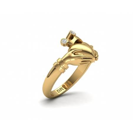 Anillo de compromiso Claddagh con diamantes en oro amarillo de 18k