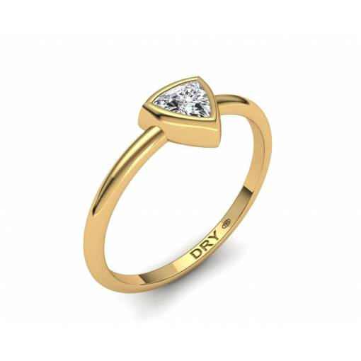 18k Yellow Gold Trillion Cut Diamond Ring
