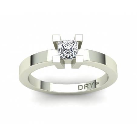 18k White gold 0.40cts princess-cut diamond engagement ring