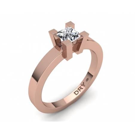 Anillo de compromiso con diamante cuadrado en oro rosa de 18k