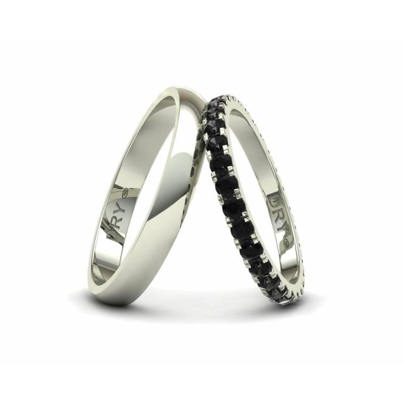 Alianzas con diamantes negros en oro blanco de 18k