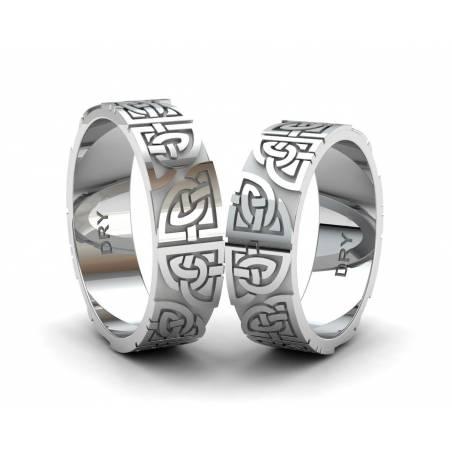 Alianzas de plata para pareja  con nudos celtas compartidos