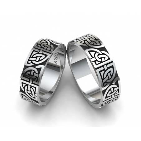 Alianzas celtas en plata oxidada con nudos compartidos