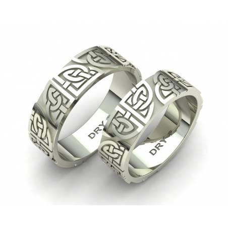 Alianzas de boda  celtas con los nudos compartidos  en oro blanco 18k con un ancho de 6mm