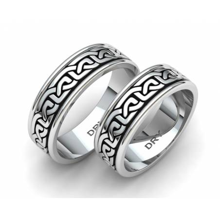 Alianzas de boda de estilo celta en plata envejecida