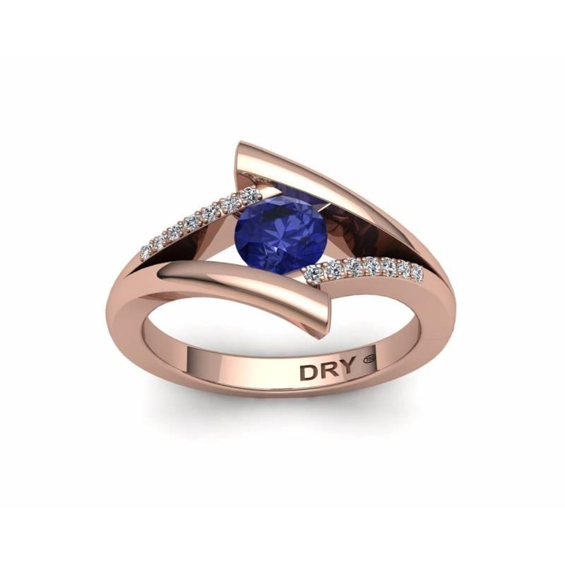 Anillo Tanzanita y Diamantes en Oro Rosa